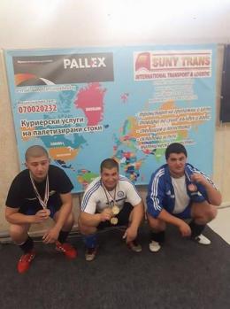 Радостин от 9 клас отново с медал - Изображение 3