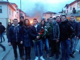 С поднасяне на венец изразихме своята почит към паметта на Левски - Изображение 5