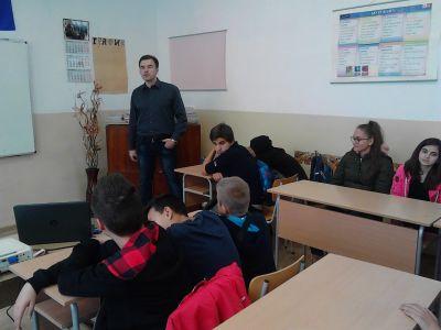 Д-р Добринов бе наш специален гост - Изображение 1
