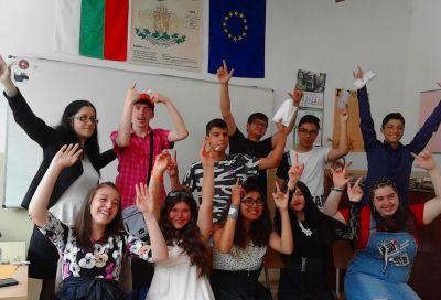 През лятото носталгия по нашите ученици - Изображение 2