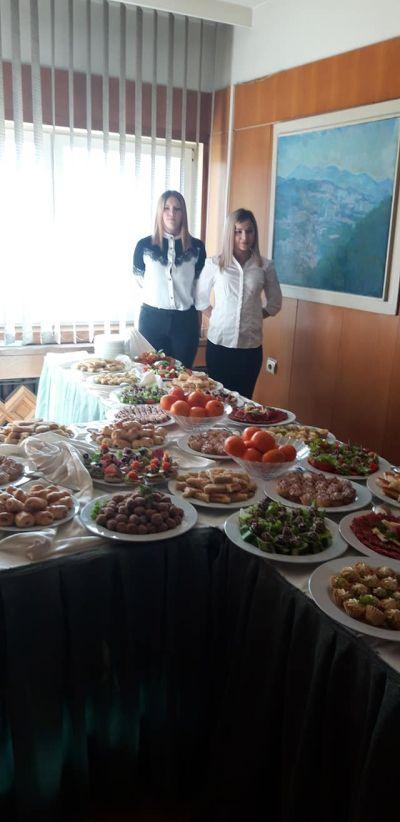 Похвали за учениците ни от хотелски и ресторантьорски вериги - Изображение 7