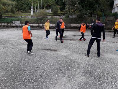 Културни и спортни мероприятия се провеждат в гимназията - Изображение 5