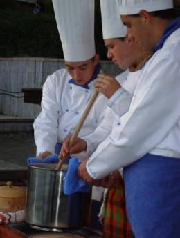 ПГТ-Смолян-2 - Гимназия по туризъм и строителство - Смолян